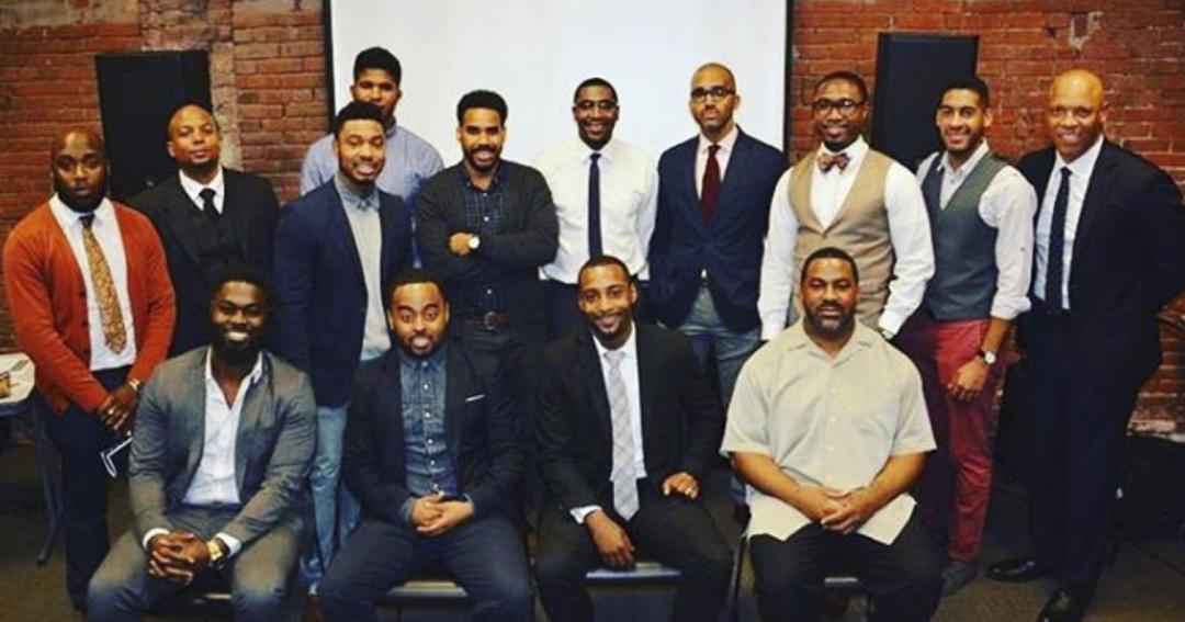 Organisation de la Jeunesse Afrodescendante de Lyon: Avec combien d'enseignants de sexe masculin noirs avez-vous grandi?