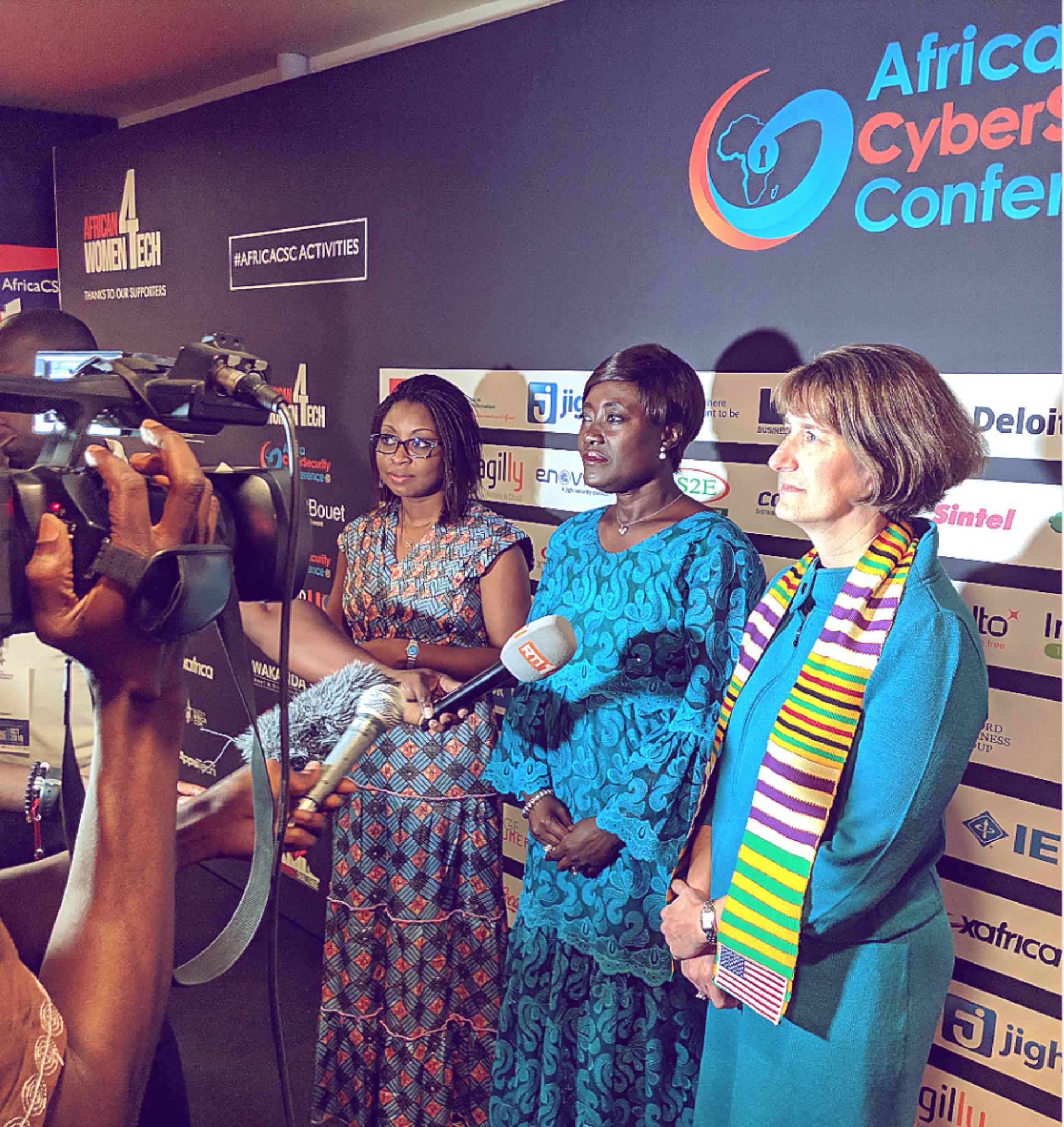 """Edith Yah Brou on LinkedIn: """"Elles n'ont pas hésité à répondre présente à mon panel """"African Women 4 Tech"""". J'ai aussi eu à découvrir et à apprendre """"rapidement"""" les petits rouages du protocole ? Un GRAND MERCI à ces GRANDES DAMES qui m'ont apporté leur soutien.  De gauche à droite : - Aurelie Soule Zoumarou, Ministre de l'Economie Numérique et de la Communication du Bénin - Mariatou Koné, Ministre de la Solidarité, de la Cohésion Sociale et de la Lutte contre la Pauvreté - Katherine Brucker, Chargée d'affaires de l'Ambassade des États-Unis  #AfricaCSC18 #Afro4Tech"""""""
