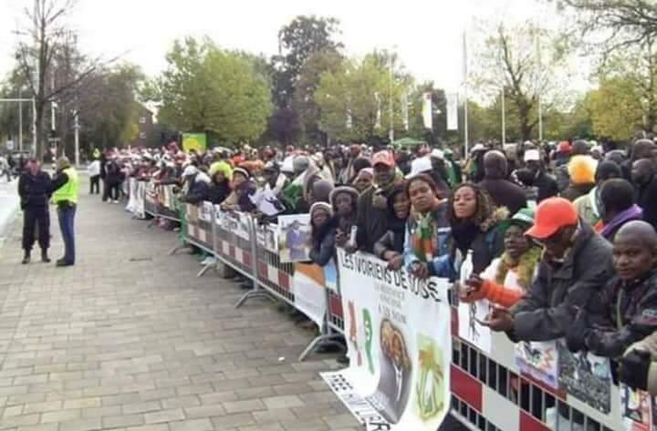 Groupe public contre l'impérialisme et le néocolonialisme + les suppôts locaux africains | Facebook