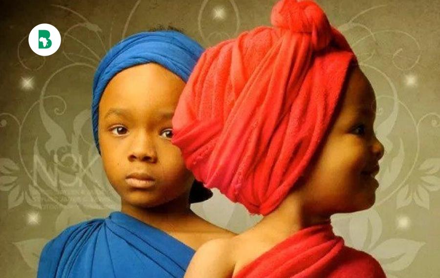 Les jumeaux en Afrique symbolisme entre adoration et crainte