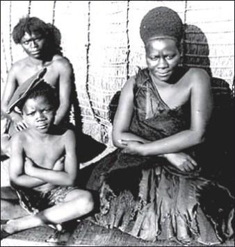 L'indomptable Labotsibeni Mdluli du Swaziland qui  dirige et protège son royaume à une époque où les colons européens s'arrachent l'Afrique du Sud – Tambour