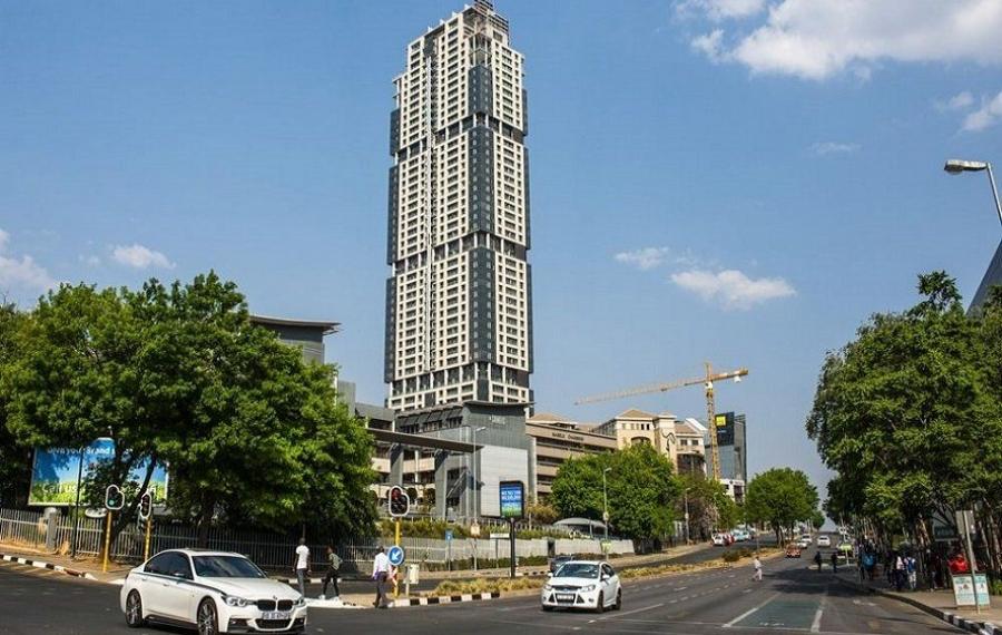 Dans le future gratte-ciel, le plus haut d'Afrique, conçu principalement par des femmes