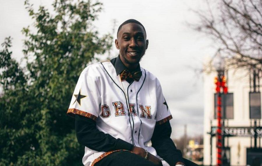 Rencontrez le designer ghanéen aidant les Africains de la diaspora à se connecter avec leurs racines