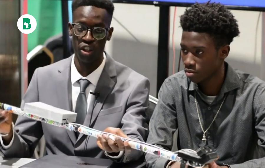 Deux jeunes lycéens sénégalais inventent une canne intelligente pour les personnes non voyantes !