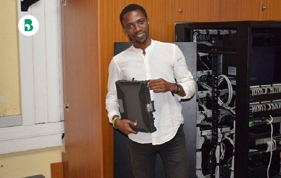 Appels WhatsApp sans Internet sont rendus possibles par un étudiant rwandais