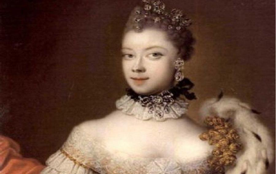 À 15 ans, Philippa est devenue la première reine noire d'Angleterre dont vous n'aviez probablement pas entendu
