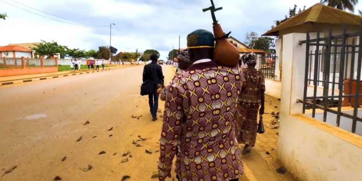 """7ème art: le réalisateur Ne Kunda Nlaba relate l'histoire du """"Kongo dia Ntotila"""",l'ancien royaume Ko"""
