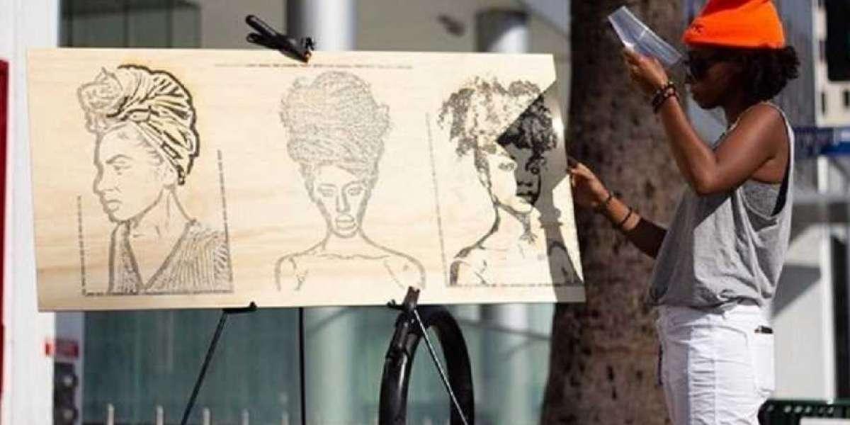 Rencontrez Hye Sea, l'artiste qui utilise le soleil pour créer de belles peintures