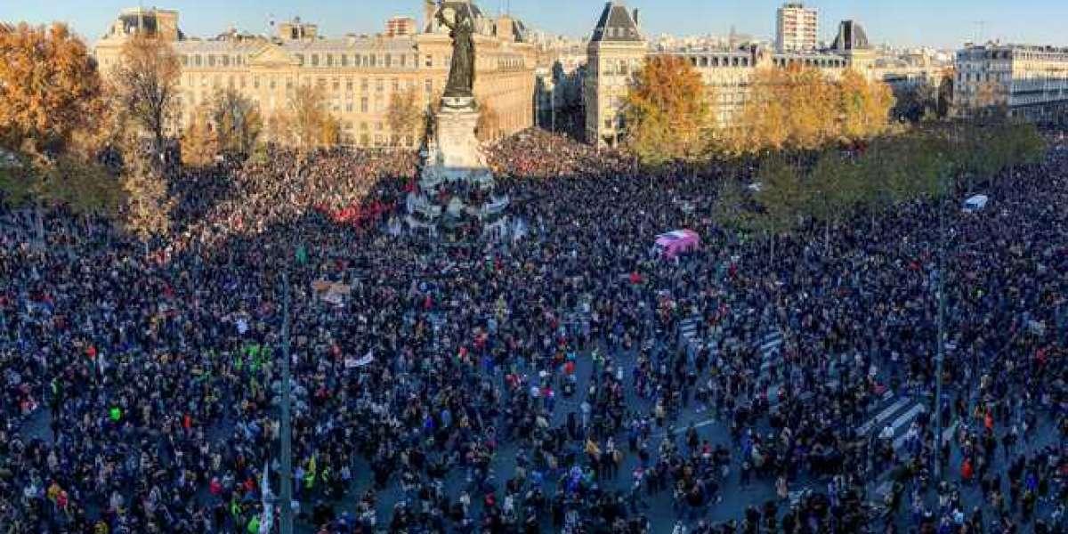 Des milliers de personnes protestent alors que la France constate qu'il y a des violences policières