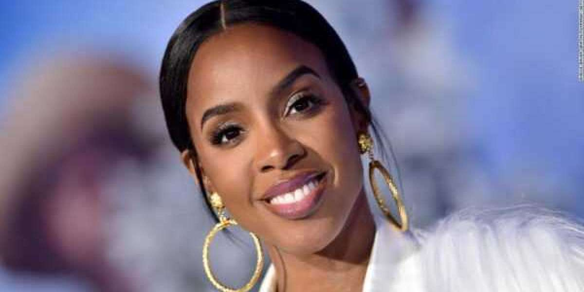 Kelly Rowland sample `` Mr Follow Follow '' de l'icône nigériane Fela Kuti