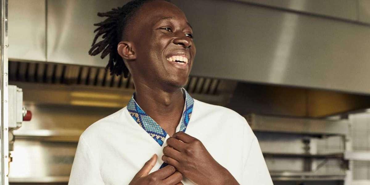 """Mory Sacko, étoile montante de """"Top Chef"""" a sa première étoile dans le Guide Michelin 2021"""